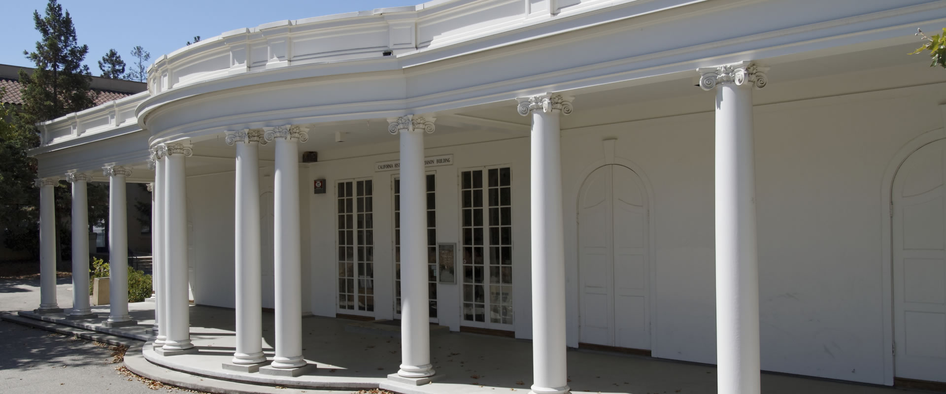 Le Petit Trianon - The California History Center