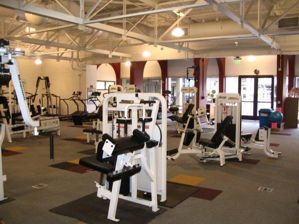 De anza college lifetime fitness and wellness center for Gym life fitness